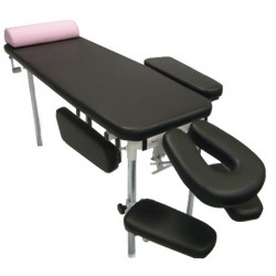Kiinteä hoitopöytä